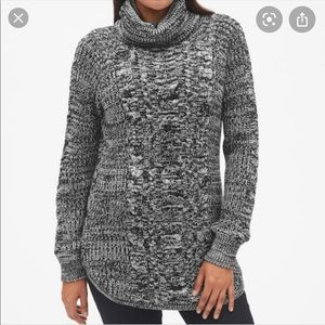 Gap maternity cable turtleneck sweater